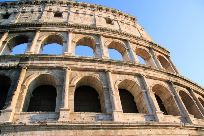 Il Colosseo, una delle principali attrazioni di Roma. Biglietti on line salta coda