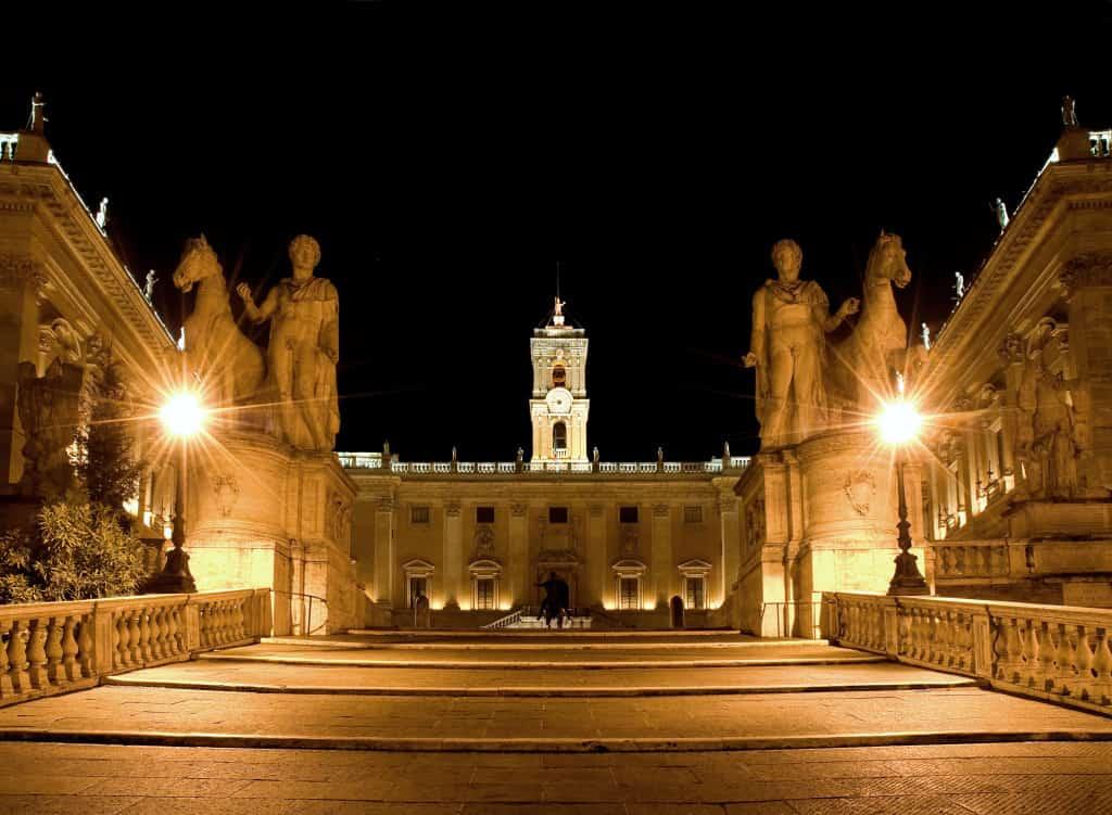 Musei di Roma in due giorni: la scalinata di accesso ai Musei Capitolini