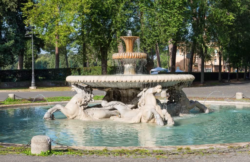 Visitare Roma con bambini: i giardini di Villa Borghese