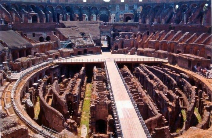 Il Colosseo, una delle principali attrazioni di Roma. I biglietti online per saltare la coda