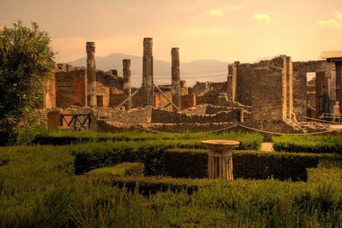 Visita agli scavi di Pompei partendo da Roma. Biglietti on line
